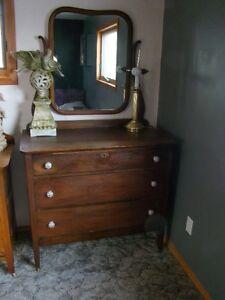 3 drawer antique dresser with mirror