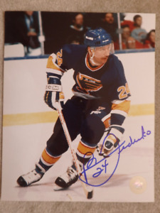 BERNIE FEDERKO  St.Louis Blues Autographed 8x10 Photo W/COA