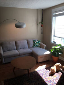 Furnished 2 bedroom Hydrostone townhouse: September - May