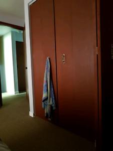 Looking for room mate Tillsonburg
