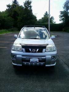 2006 Nissan X-Trail (158,500 Kms) As-is, and 2 Sets of Tires