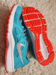 NIKE running shoes - Brand New
