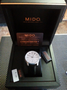 MIDO 25Jewel Swiss Automatic Chronometer -  Men's Watch