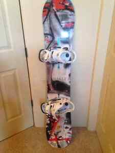 Burton lipstick snowboard and bindings MINT CONDITION