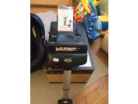 Silver Cross Ventura + isofix base and car seat