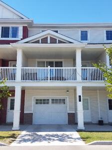 Townhouse style condo for sale with garage- South Point, 2 bdrm