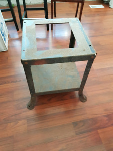 Vintage Tablesaw Stand Rockwell Beaver