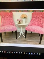 Waxing specialist/Esthetician looking to rent a room