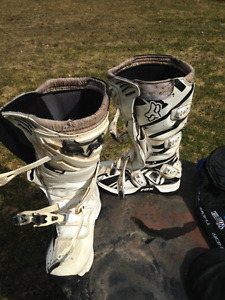 Dirtbike MX boots