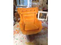 Vintage Parker Knoll Egg Swivel chair