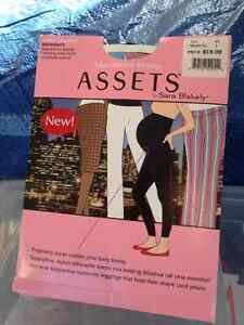 Marvelous Mama ASSETS Maternity Leggings