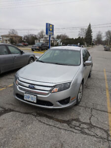 2012 Ford Fusion - low km's, clean, well-maintained