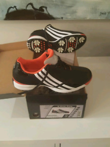 Adidas Leather Womens golf spike shoes NEW size 7.5