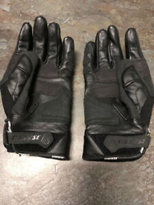 Dainese Short Motorcycle Leather Gloves