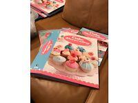 83 new Cake Decorating magazines