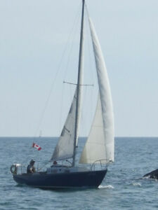 26 ft Cruising Sailboat for Sale!