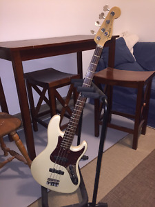 **Reduced** 2007 American Deluxe Jazz Bass