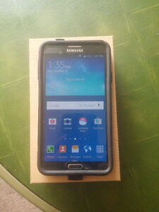Bell /Virgin /Pc mobile - Samsung Note3 Mint-Outter box included