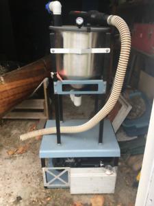 Dental suction unit, air techniques dry vac