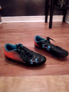 soulier soccer under armour gr, 3