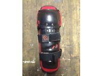 Fox racing knee and shin guards £25