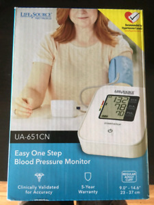 BNIB Blood Pressure Machine.