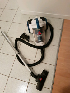 Aspirateur Bissell Cleanview multi cyclonic