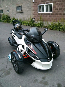 Can am Spyder rs-s se5 2014