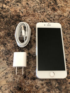 iPhone 6S 64GB Factory Unlock Silver In excellent Condition