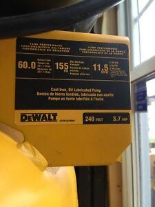 Compresseur dewalt 60 gallons