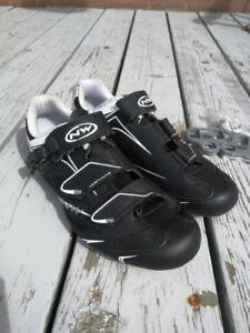 Souliers vélos de route - Northwave Sonic SRS - Taille 41 - $50