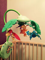 Mobile - Fisher Price Rainforest Peek a Boo Leaves Musical