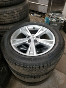 235 55 18 Michelin on OEM Lexus RX / Toyota RAV4 alloys