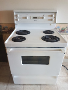 Moffat, Electric Gas Stove  Great Condition