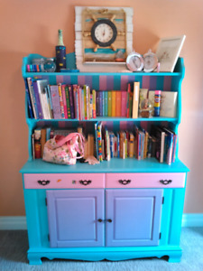 Dresser / Hutch / Storage Cabinet / Bookshelf / Cupboard