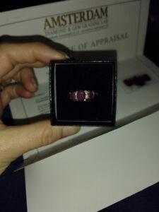 Beautiful ruby/diamond ring
