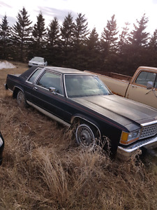 1986 crown vic for sale.