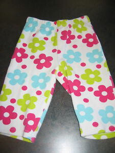 Girl's 3 month flower tights