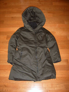 new without tag, 100% authentic Soia & Kyo (S&K) Parka sz L