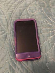 Original iPod touch 8 gb with Otterbox case