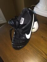 YOUTH Nike Soccer cleats awesome condition