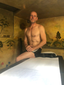 GAY FRIENDLY MALE MASSAGE FREE SAUNA SPA EXPERIENCE CENTRAL LONDON