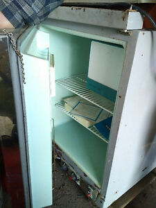 Old but works!!! Morphy Richards Astral fridge