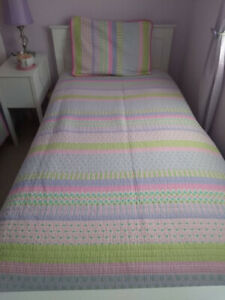 girls twin size quilt