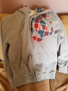 DC HOODIE EUC MENS Large cozy plaid trim and hood