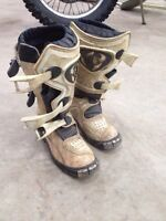 Kids size 13 thor mx boots