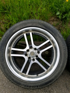 Chrome 4 universal bolt pattern 17in mags on tires