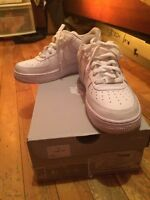 Air Force 1 Blanc/White taille 6, 70$!!