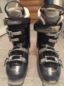 Dalbello Aspire 70 - Women's Ski Boots