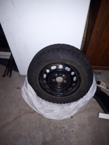 4 Winter Tires on Rims 195/65 R15